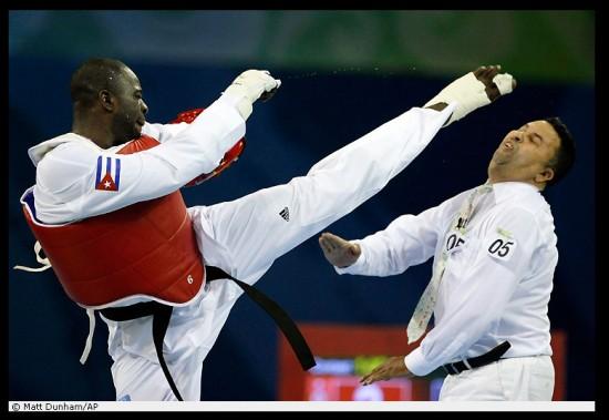 Школа taekwondo: основы техники ударов ногами (2002) dvdrip